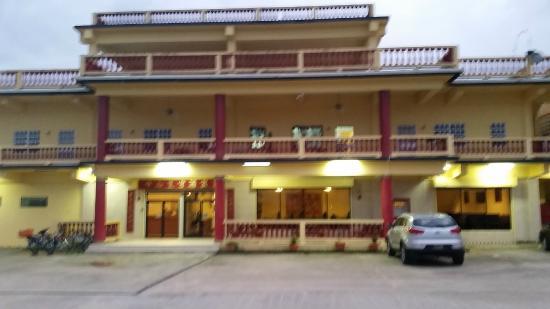 Chon Saan Palace