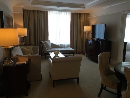 The St. Regis Atlanta: Suite 2