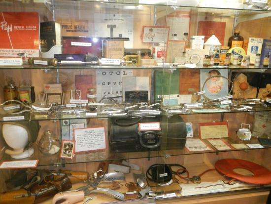 Woodruff, WI: Medical display in the museum