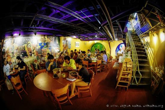 Life Alive : Beautiful dining area
