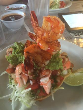 La Fuente: Shrimp Tostada
