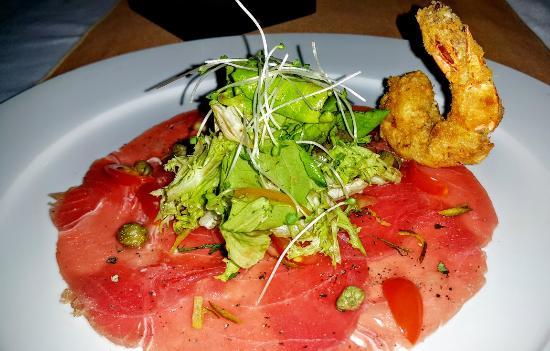 Red Sky Bar & Restaurant: Tuna Carpaccio.