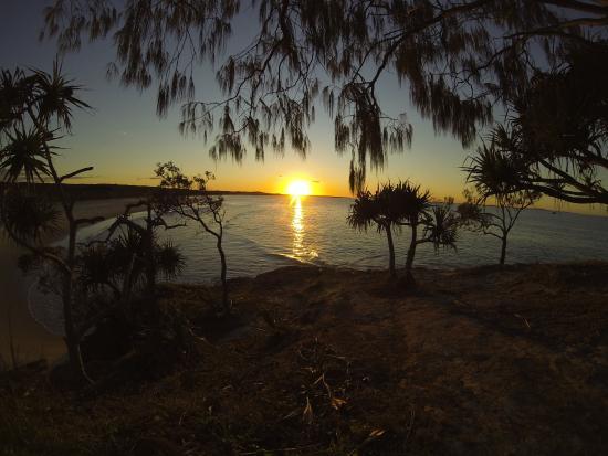 Straddie Camping: Sunset Adder Rock North Stradbroke Island