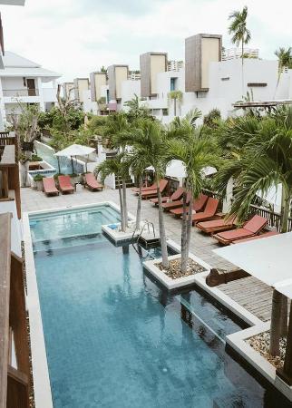 Mantra Resort: สระว่ายน้ำ