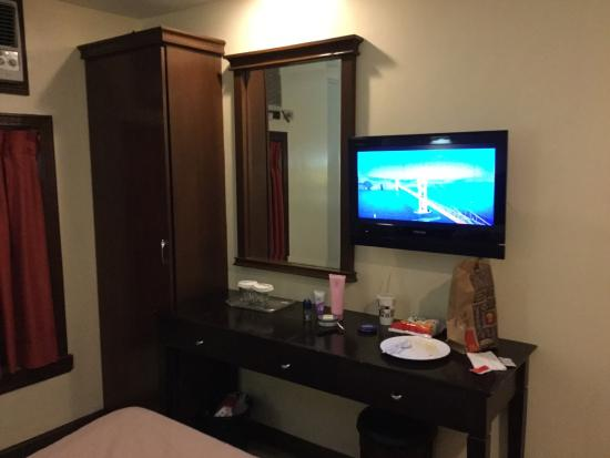 Fersal Hotel - Manila: One of the best hotel I think. Though sometimes, their wifi is not working properly, but in term