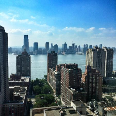 Picture of holiday inn manhattan for Home holidays new york manhattan