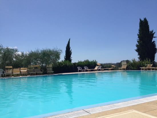 Tenuta Quarrata: Large pool 25m long