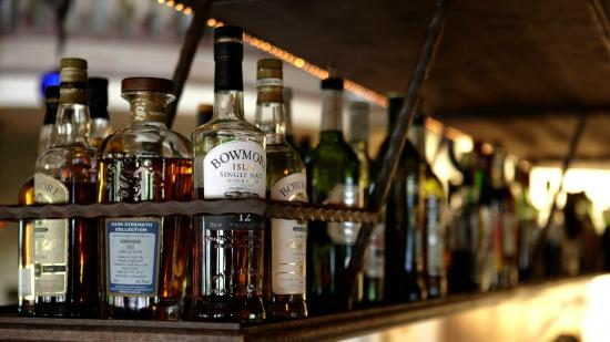 "Castillo : Bar ""Buena Vista Club"""