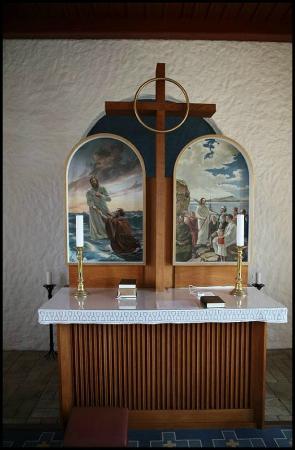 Nr. Lyngvig Kirke: Alteret