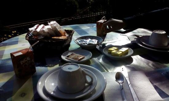 Villa Patrizia sul lago : colazione