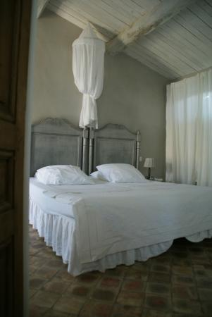 kamer lys blanc photo de le mas en provence entrechaux tripadvisor. Black Bedroom Furniture Sets. Home Design Ideas