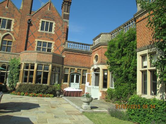 show user reviews warren house kingston upon thames greater london england