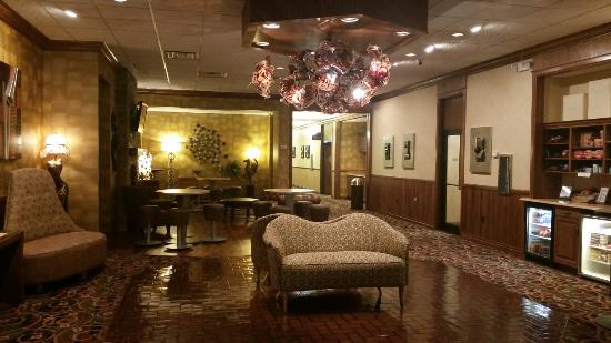 El Rancho Hotel: Beautifully decorated