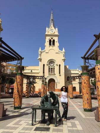 Estatuas de Miguel de Cervantes y El Quijote