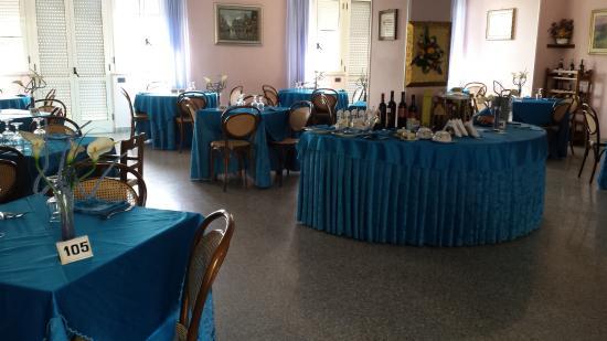 New Hotel Blu Eden: LA SALA RISTORANTE