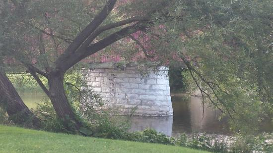 West Montrose Covered Bridge (Kissing Bridge): Calm and peaceful.
