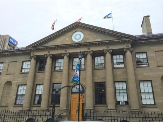 Province House : Exterior
