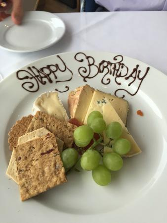 Harbourside Restaurant: A nice touch from the staff