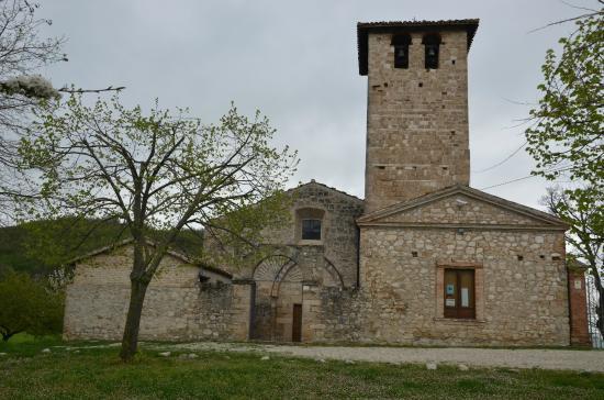 Chiesa di San Pietro a Campovalano