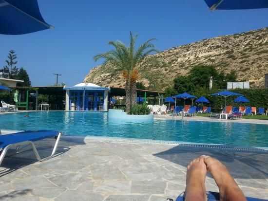 La piscine picture of princess europa hotel matala for La piscine review