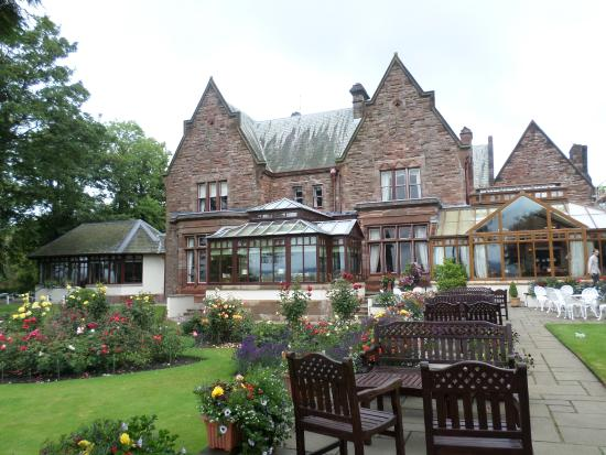 Appleby Manor Hotel & Garden Spa: grounds