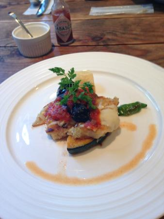 Anniversary : 本日のランチ、ポークカツレツ。野菜は自家製とか。