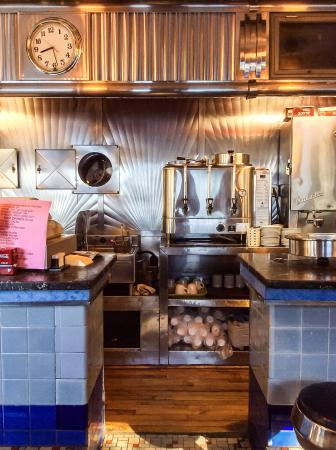 eddie 39 s paramount diner rome restaurant reviews phone number photos tripadvisor. Black Bedroom Furniture Sets. Home Design Ideas