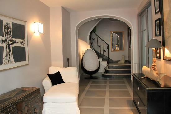 Entree De Villa Photo entrée villa du square - picture of villa du square, paris - tripadvisor