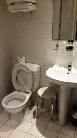 Hotel Montparnasse Daguerre: Ванная комната