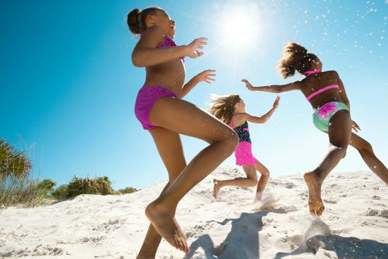 St. Petersburg / Clearwater Area Convention & Visitors Bureau : Family friendly beaches