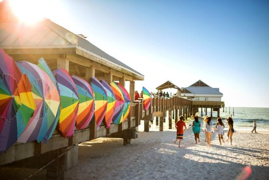 St. Petersburg / Clearwater Area Convention & Visitors Bureau : Clearwater Beach Pier 60