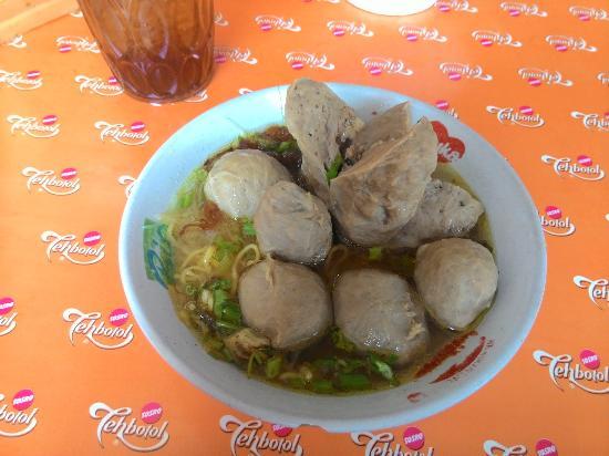 Bakso Amp Mie Ayam Kolor Hijau Balikpapan Restaurant