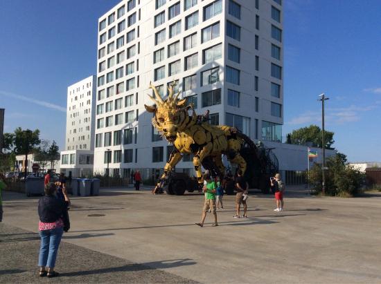 La nouvelle attraction des machines de lle le Dragon Picture