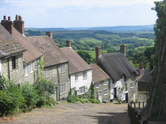 The Chalet Bed & Breakfast: Gold Hill, near The Chalet guest house, Shaftesbury, Dorset.