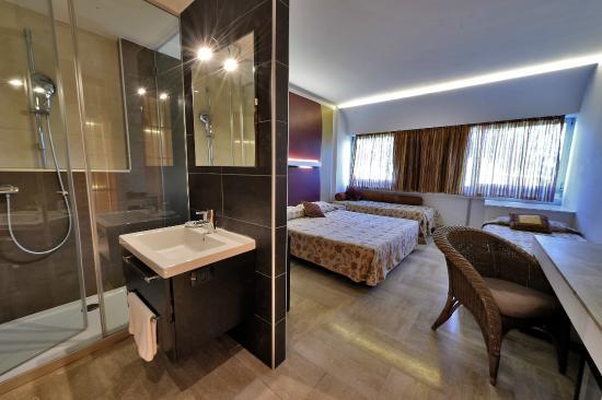 Bagno - Picture of Antares Hotel, Villafranca di Verona - TripAdvisor