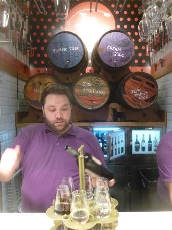 Degustación de Jerez en The Sherry Corner en el Mercado de San Miguel: Sherry Tasting