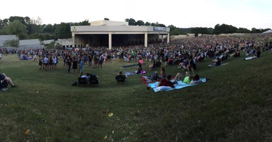 Aaron S Amphitheatre At Lakewood Top Row Of The Lawn Seating Area