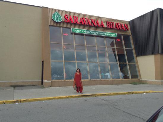 Saravanaa Bhavan : outside view 3
