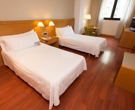 Tryp Malaga Alameda Hotel, hoteles en Málaga