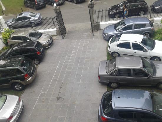 Aparcamiento privado 8 plazas fotograf a de hostal paris for Hostal paris tripadvisor