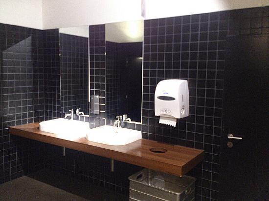 Lyssach Alchenflüh Tavolo Im Pfister Toiletten Bild Von