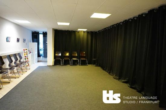 Theatre Language Studio Frankfurt