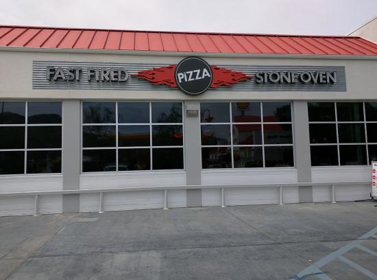 Restaurant facade picture of garage brewing co temecula for Photo garage 94
