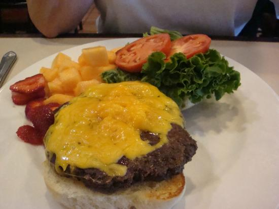 The Original Pancake House: Cheeseburger with fruit side