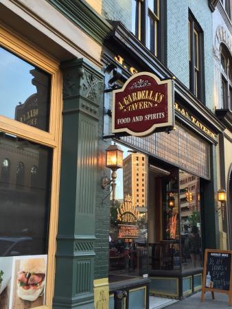 J Gardella's Tavern