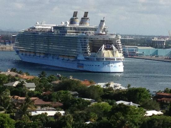 Cruise Ship Departing From Port Everglades  Picture Of Fort Lauderdale Brow