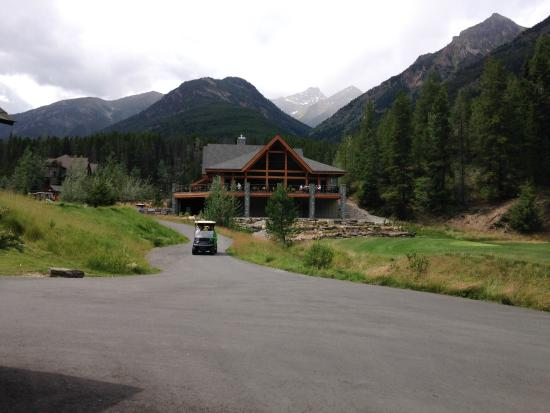 Panorama, Kanada: Approaching the Clubhouse