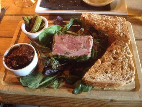 Tower Inn: Ham Hock starter - gorgeous....
