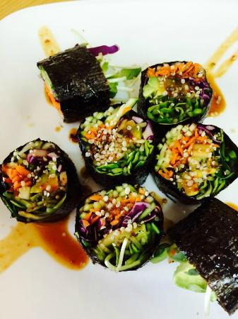 Food For Thought: Raw Nori rolls