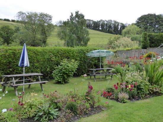Ebbesborne Wake, UK: The beautiful garden